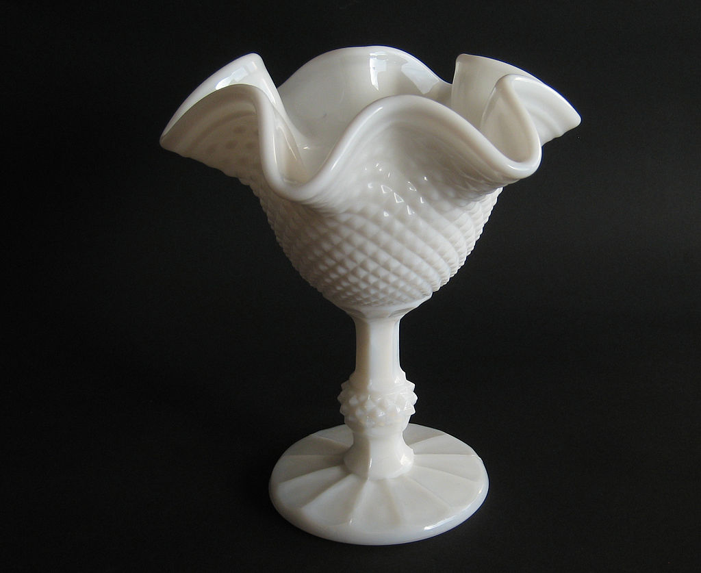 Bowl milk glass
